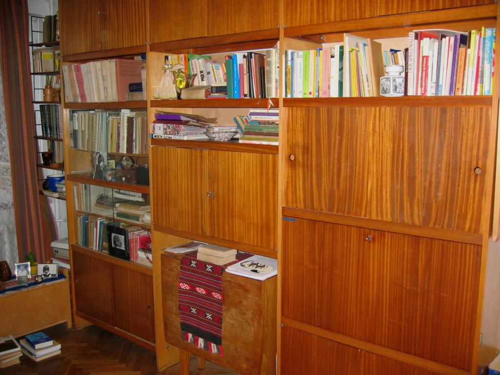 Spuścizna po Ryszardzie Kreyserze w mieszkaniu Danuty Kreyser, Warszawa 2004