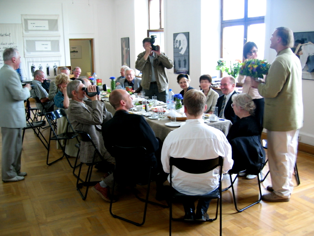 Breakfast organised by the artists together with curator Łukasz Ronduda for the film makers whose films were included in the exhibition and archive